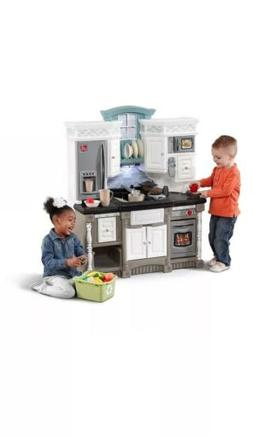 Step2 LifeStyle Dream Kitchen Playset - Comes With