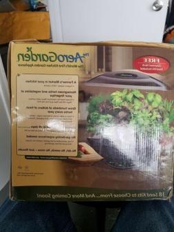 NEW AeroGrow AEROGARDEN 7 Herb Garden, Model# 100710